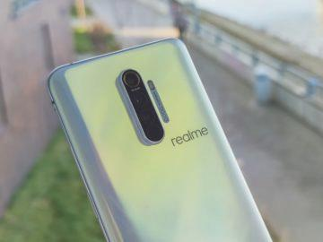 Realme X2 Pro fotoaparáty na zádech