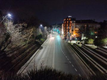 Samsung Galaxy S20 Ultra noční ulice