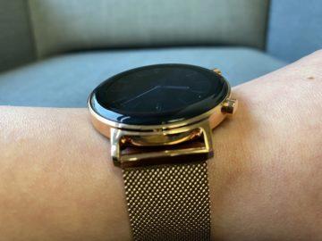 růžové chytré hodinky