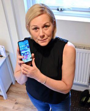 výdrž Huawei Y6 zachránila život Beth McDermott
