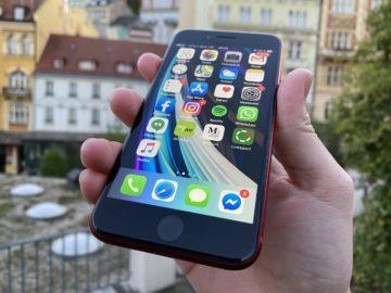 iphone se 2 displej