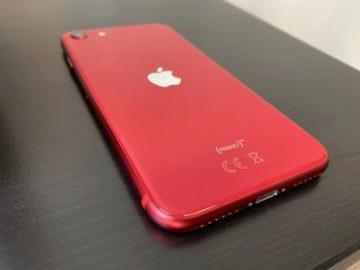 iphone se hodnocení