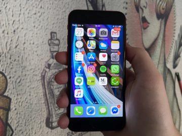 jemnost displeje iphone se