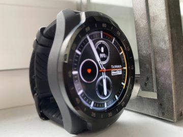 ticwatch pro 2020 design a displej