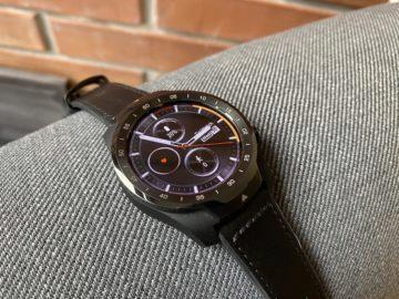 ticwatch pro černé