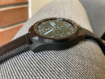 vzhled hodinek ticwatch pro 2020
