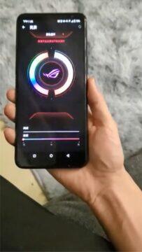 ASUS ROG Phone 3 fotky rgb