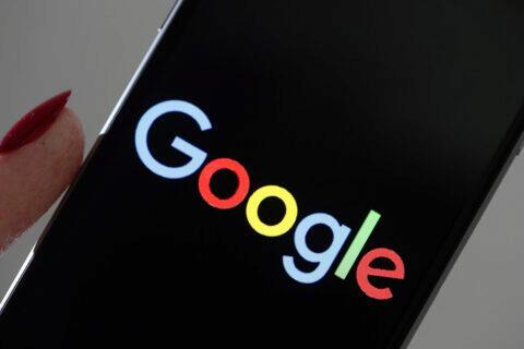 Google tmavý režim tři aplikace