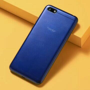 tipy na kompaktní telefony červen 2020 Honor 7S záda