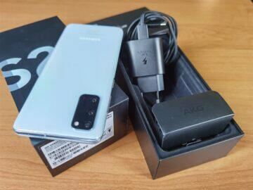 Samsung Galaxy S20 balení 3