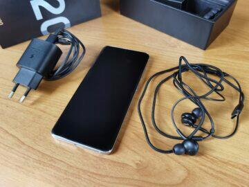 Samsung Galaxy S20 balení 4