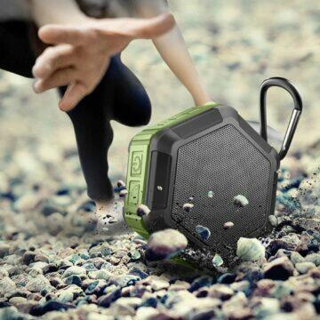 chytrá výbava na pláž Voděodolný reproduktor M&J odolnost