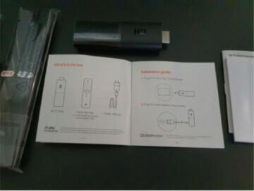 Xiaomi Mi TV Stick balení manuály