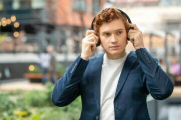 nasazení sluchátek