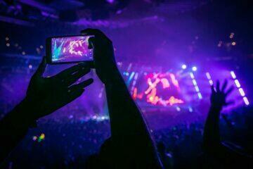 natáčení telefonem koncert