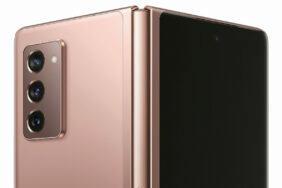Ohebný telefon Galaxy Z Fold 2 poodhalen