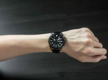 Samsung Galaxy Watch 3 na ruce