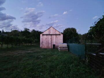 večer stodola
