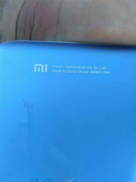 Xiaomi Mi 10T uniklé fotky zadní nápis