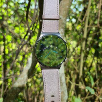 Huawei Watch GT2 Pro zrcadlo keř ciferník