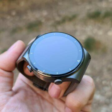 Huawei Watch GT2 Pro zrcadlo ruka