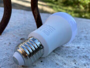 kolik stojí chytrá žárovka