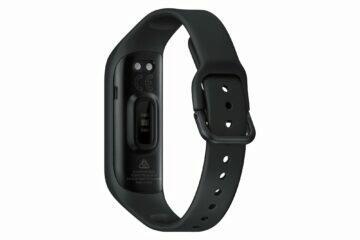 Samsung Galaxy Fit2 černá záda