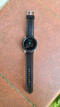 Samsung Galaxy Watch3 vertikální dlažba
