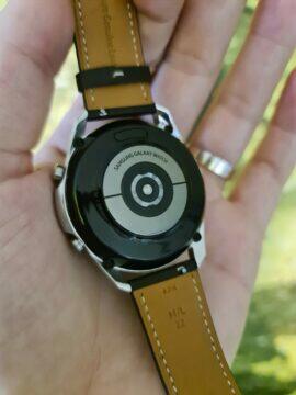 Samsung Galaxy Watch3 zadní strana
