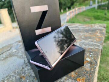 Samsung Galaxy Z Fold2 V přední displej
