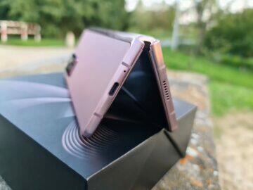 Samsung Galaxy Z Fold2 V spodní rámeček konektor