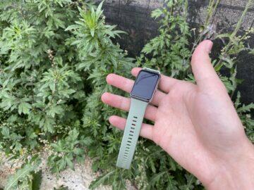zelené chytré hodinky