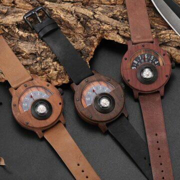 Dřevěný nádech lesa s kompasem varianty