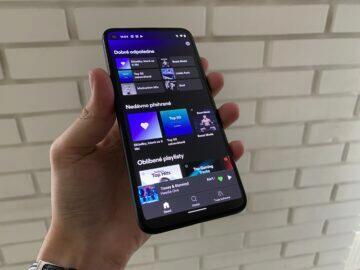kompaktní telefon 2020
