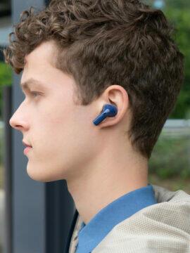 Nokia E3500 v uchu