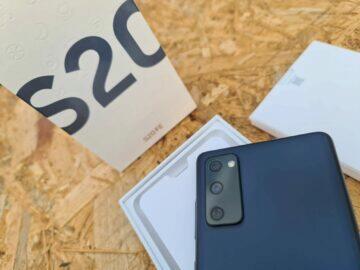 Samsung Galaxy S20 FE balení fotoaparáty