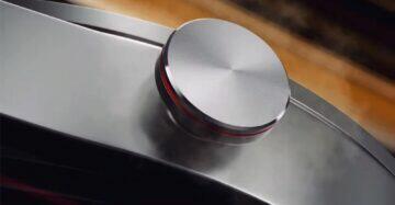 Watch GT 2 Porsche tlačítko