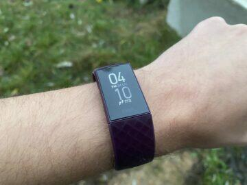 fitbit charge 4 CZ recenze