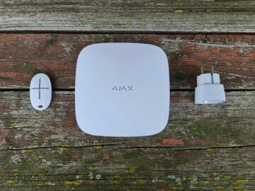 recenze AJAX hub 2 ovladač zásuvka komplet