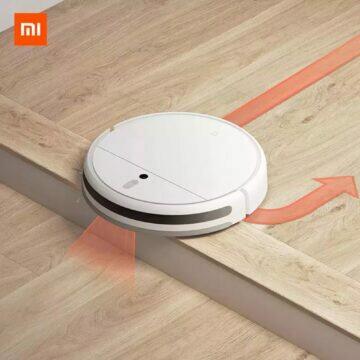 Robotický vysavač Xiaomi Mi Robot Vacuum Cleaner 1C schod