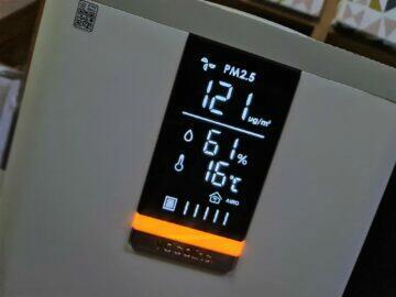 VOCOlinc VAP1 displej RGB LED signalizace oranžová