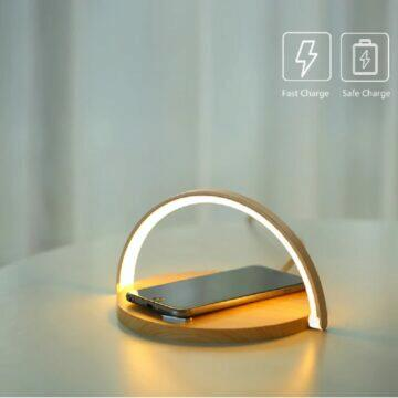 Bezdrátová nabíječka s lampičkou dřevo