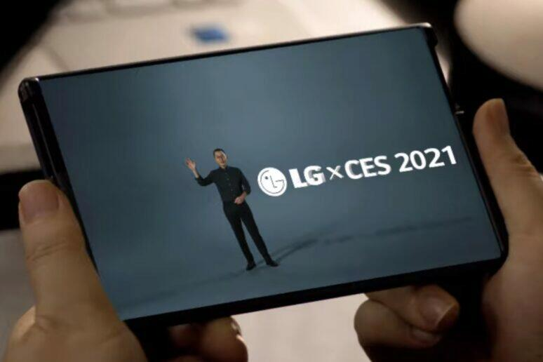 rolovací mobil LG Rollable
