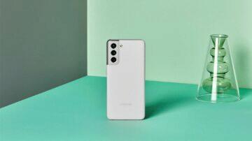 Samsung Galaxy S21 stříbrná