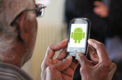 Android telefony pro seniory