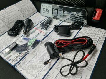 LAMAX S9 Dual balení kompletní obsah