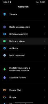 MIUI 12 zpomalený mobil baterie a výkon