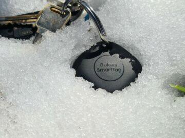 Samsung Galaxy SmartTag sníh klíče