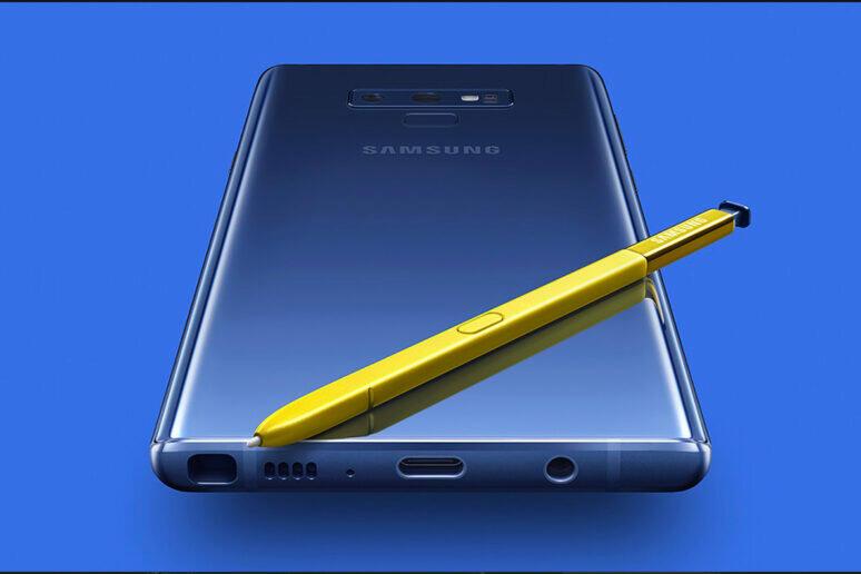 Galaxy Note 9 březnové bezpečnostní záplaty