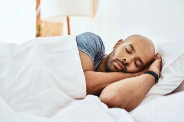 novinka Fitbit Luxe spánek cena